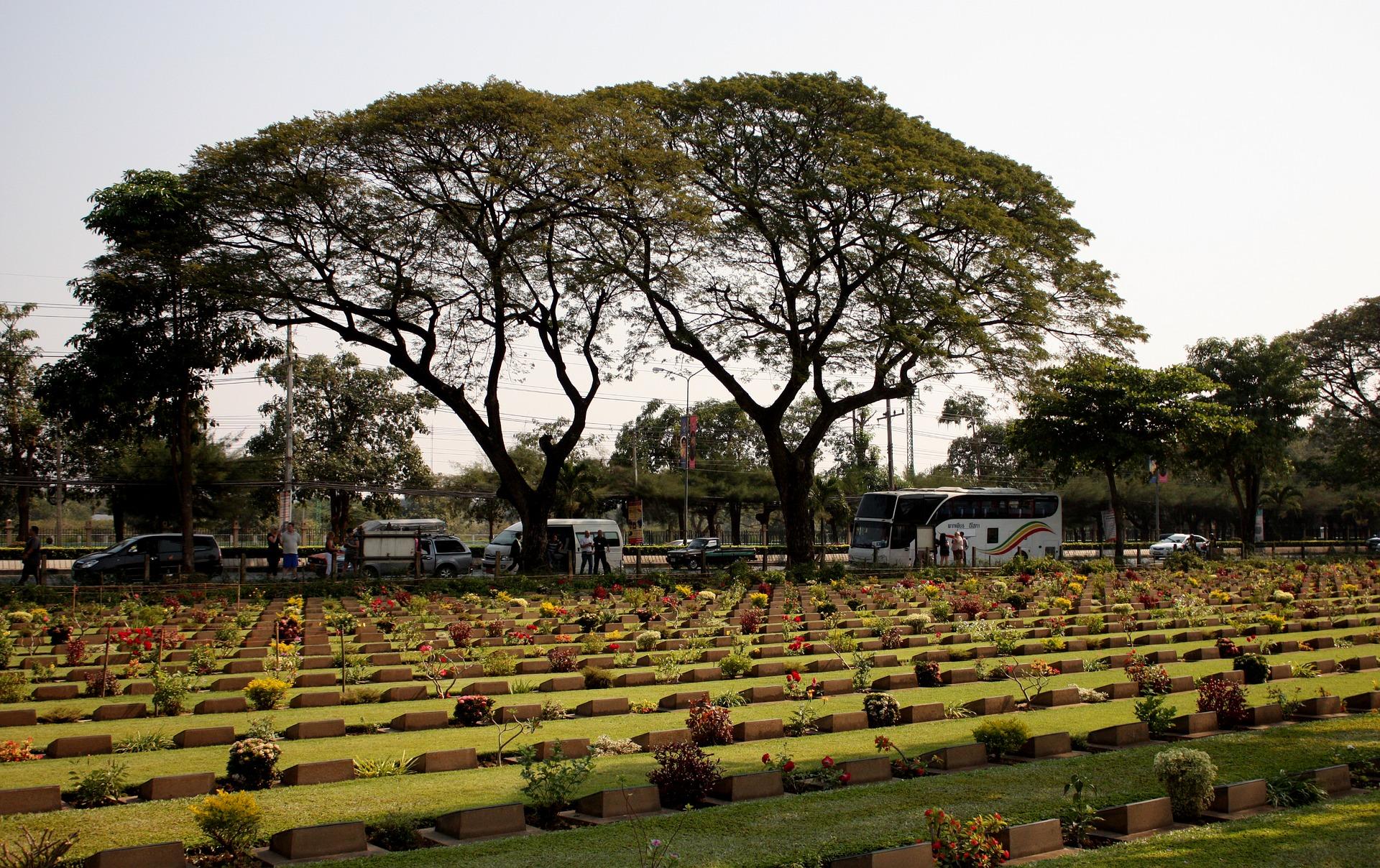 cemetery-2730915_1920