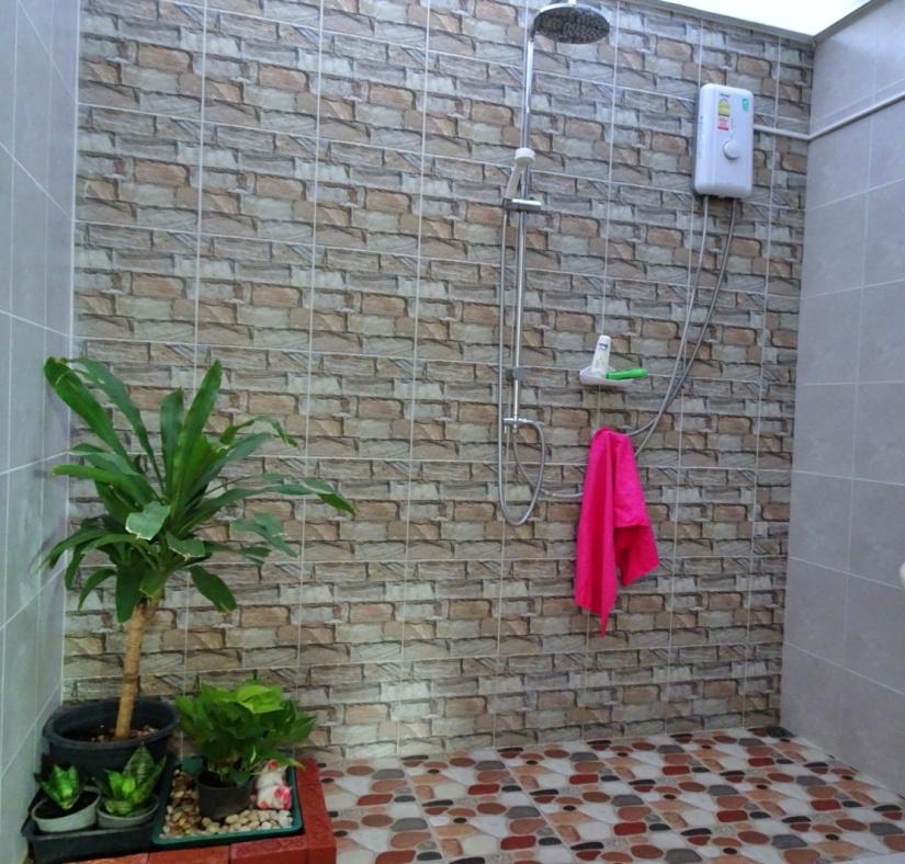Beach Box Bathroom